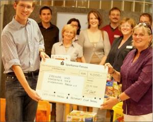 Spendenünergabe 2011